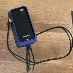 mophie Accessories - 6s Mophie Charging Phone Case!!